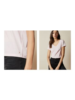 V neck loose fitted tee