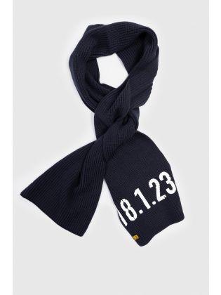 Edward scarf