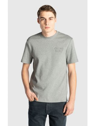 EMBOSSED CHEST LOGO T-SHIRT